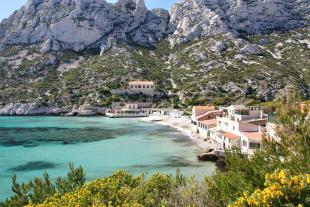Sand Beach of the calanque de Sormiou
